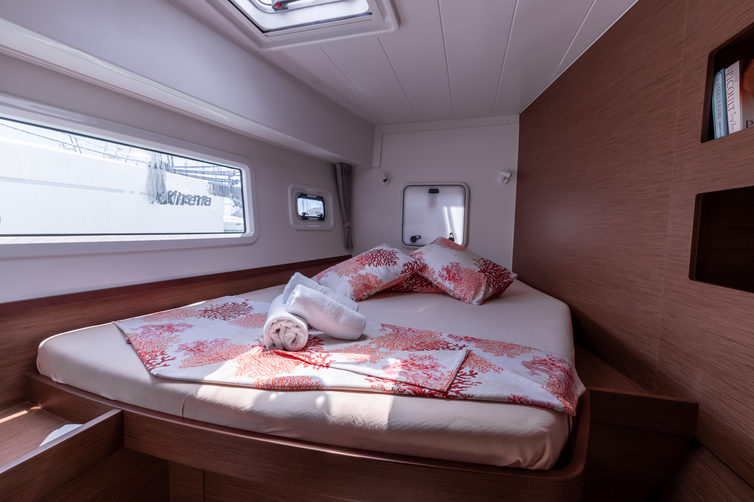 Lagoon 42 (2020) equipped with generator, A/C (sal (HAPPY KEY)  - 1