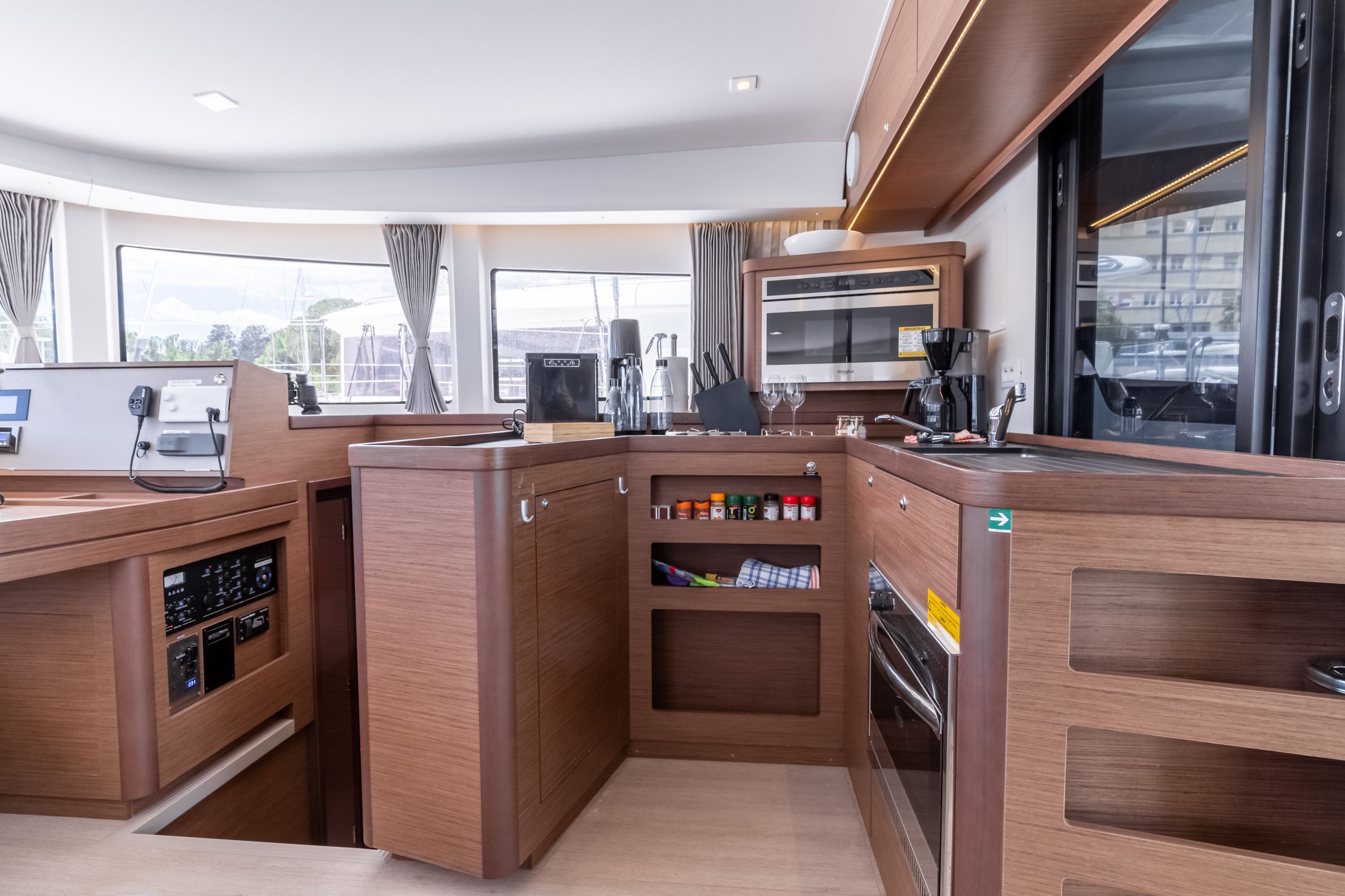 Lagoon 42 (2020) equipped with generator, A/C (sal (HAPPY KEY)  - 19