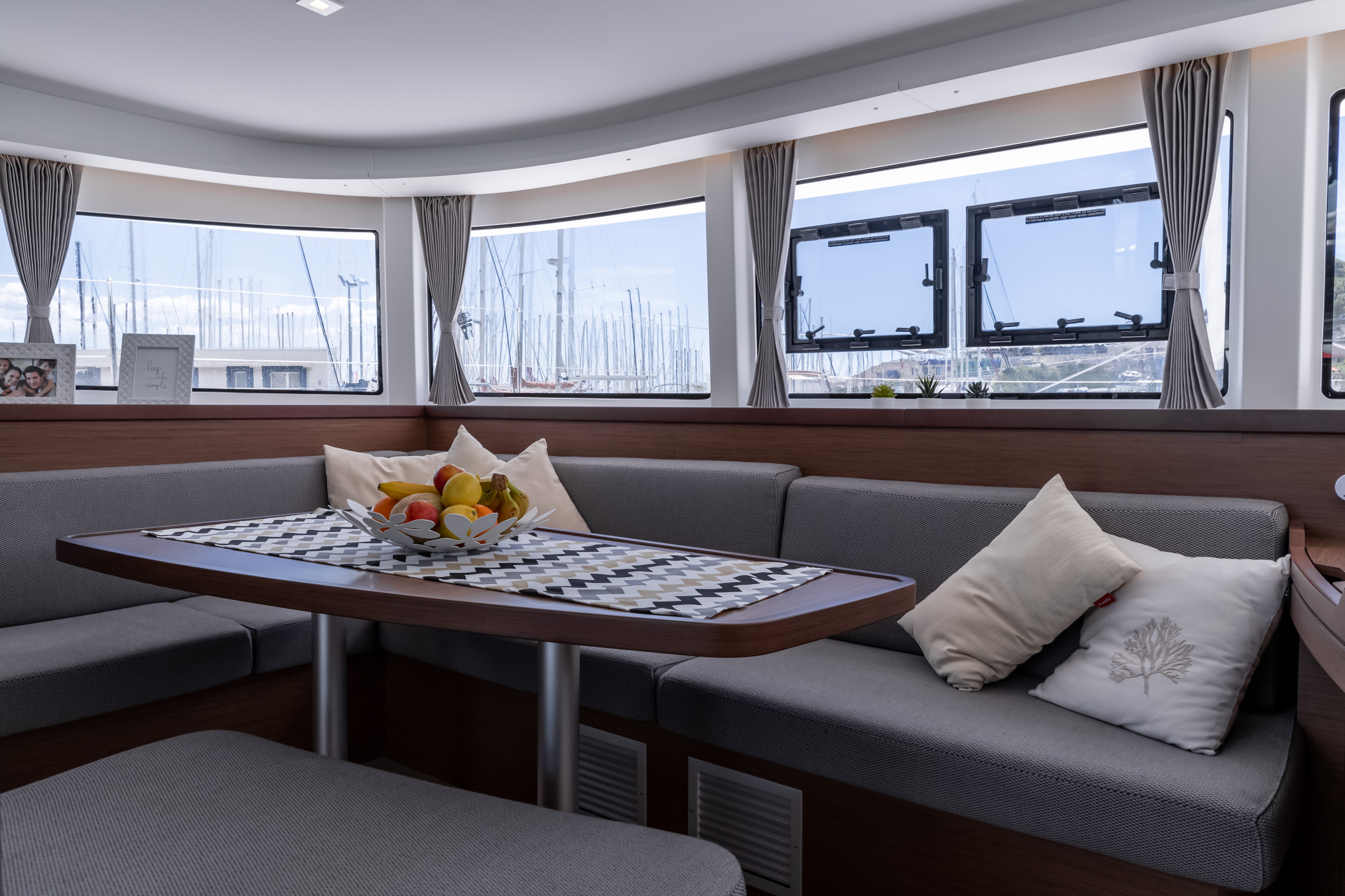 Lagoon 42 (2020) equipped with generator, A/C (sal (HAPPY KEY)  - 11