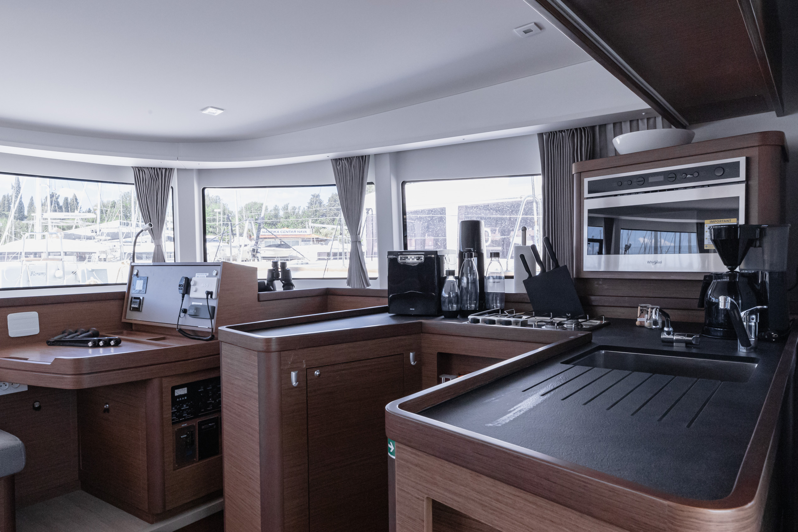 Lagoon 42 (2020) equipped with generator, A/C (sal (HAPPY KEY)  - 14