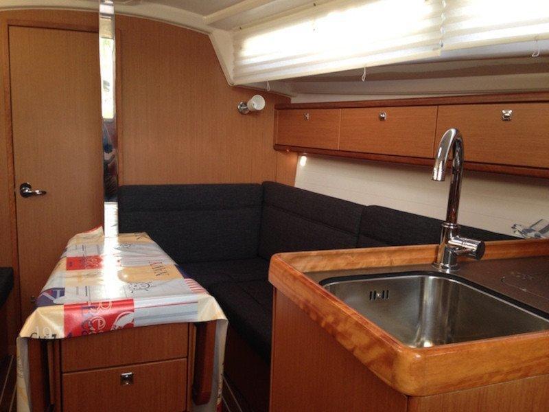 Bavaria 33 Cruiser (Why not 9)  - 6