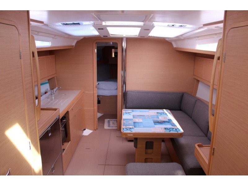 Dufour 390 Grand Large (Why not 14) Interior image - 1