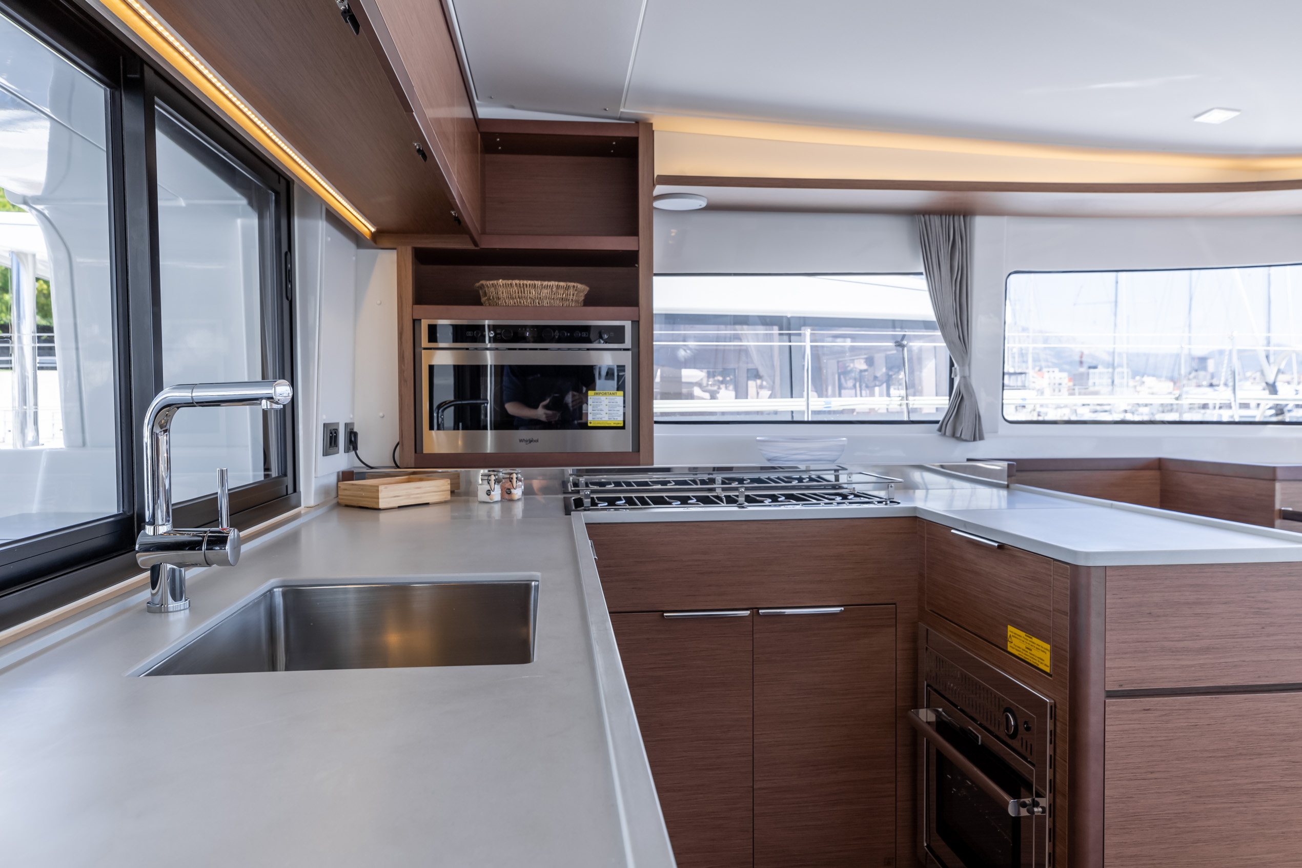 Lagoon 46 (2020) equipped with generator, A/C (sal (HANGOVER)  - 17