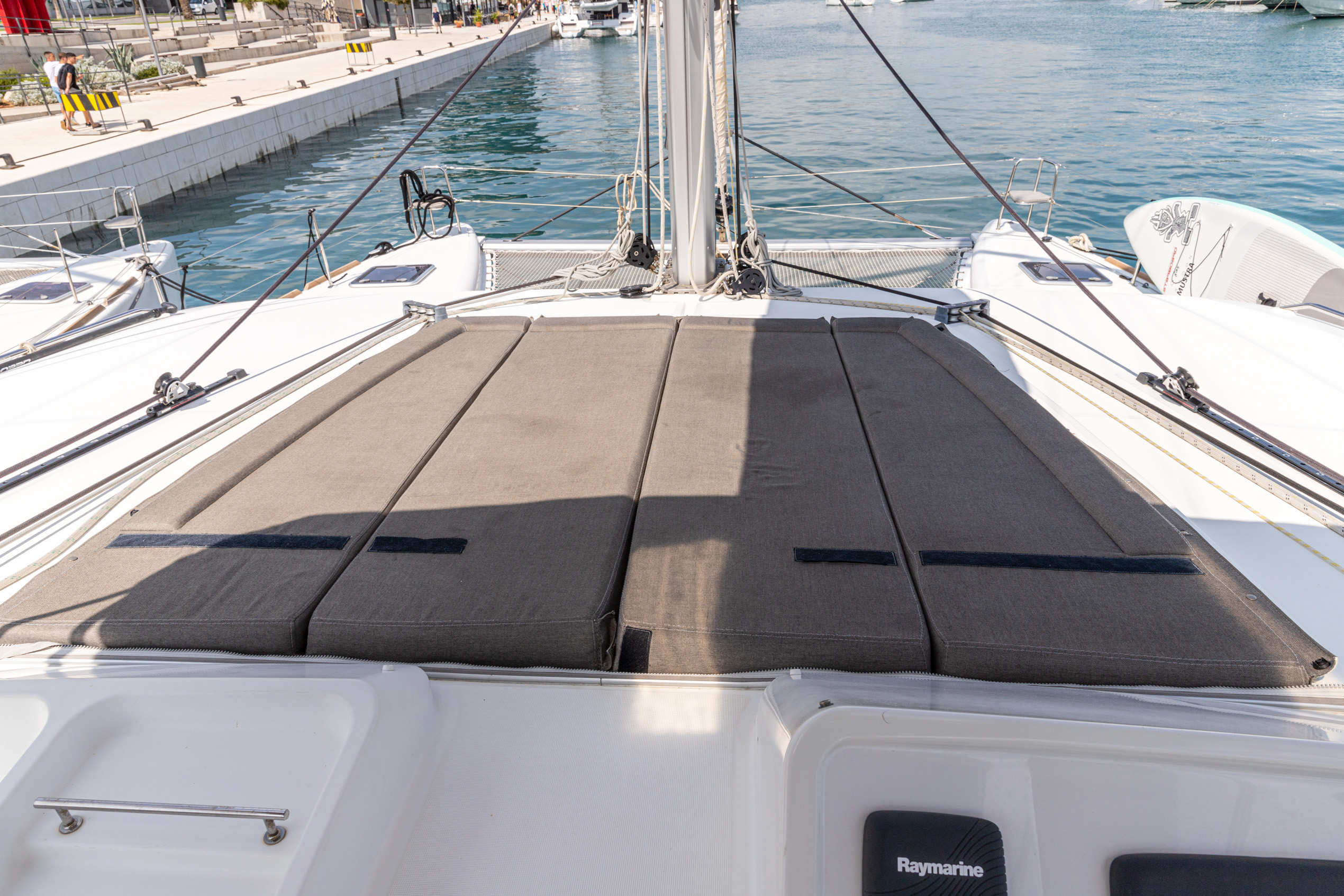 Lagoon 450 (2014) equipped with generator, A/C (sa (MUSTRA I)  - 21