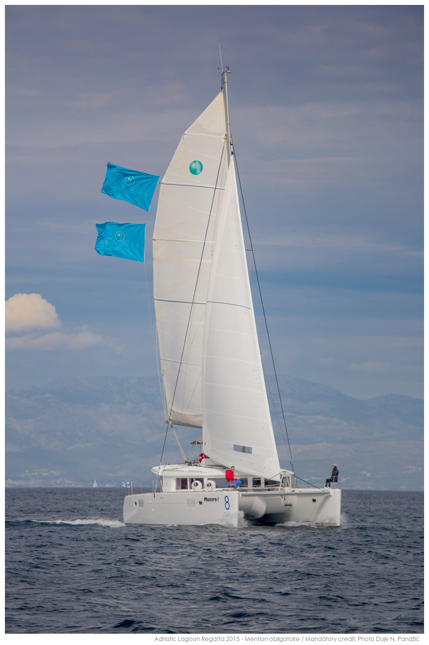 Lagoon 450 (2014) equipped with generator, A/C (sa (MUSTRA I)  - 17