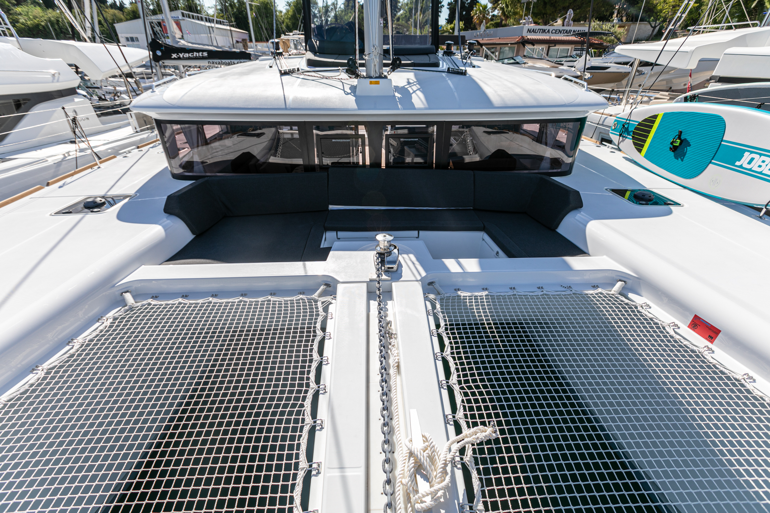 Lagoon 450 F (2019) equipped with generator, A/C ( (WIDE DREAM)  - 1
