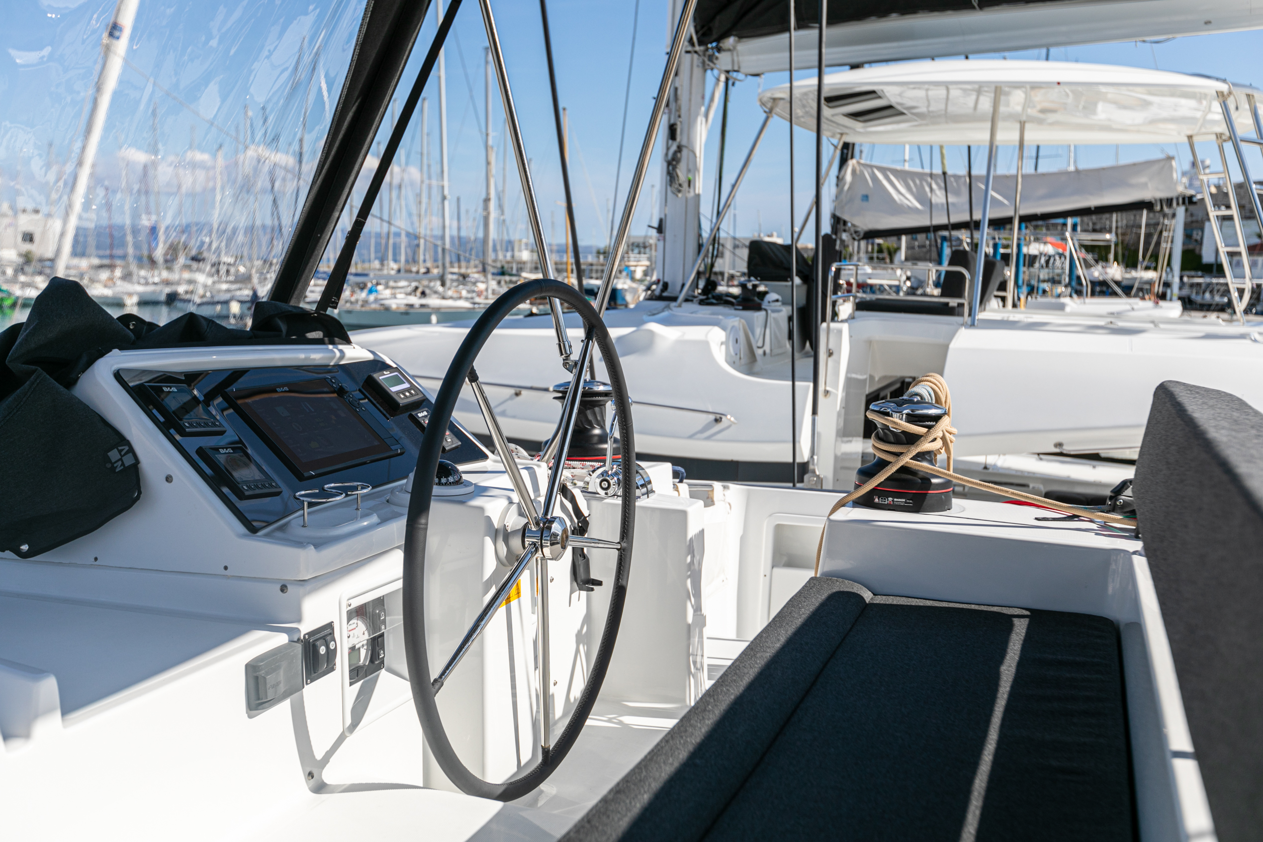 Lagoon 450 F (2019) equipped with generator, A/C ( (WIDE DREAM)  - 3