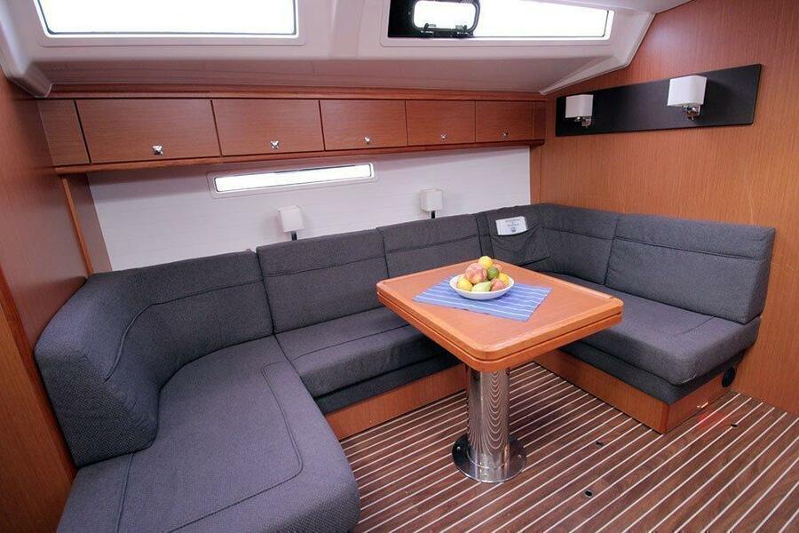 Bavaria Cruiser 56 (Maximum)  - 2