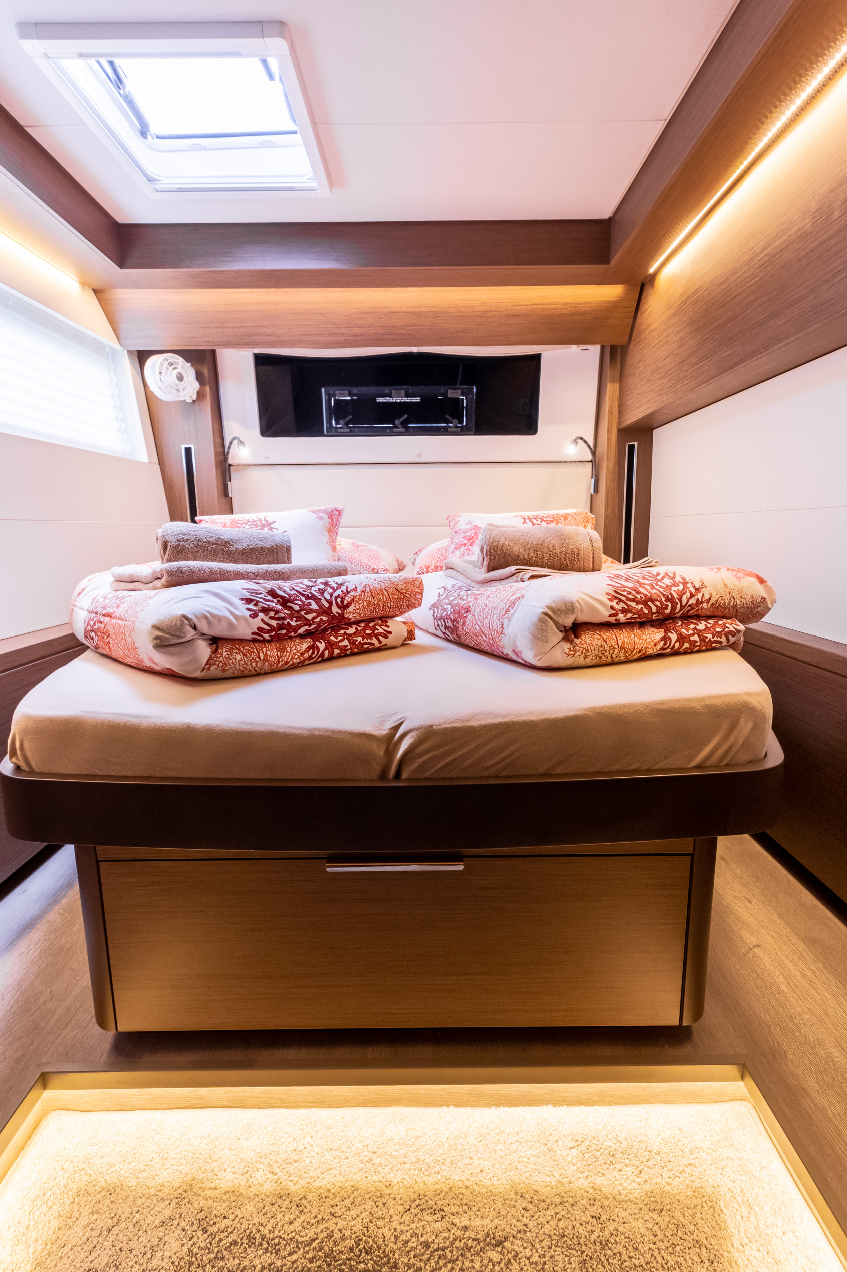 Lagoon 50 LUX (2020) equipped with airconditioning (PRINCESS KISS)  - 3