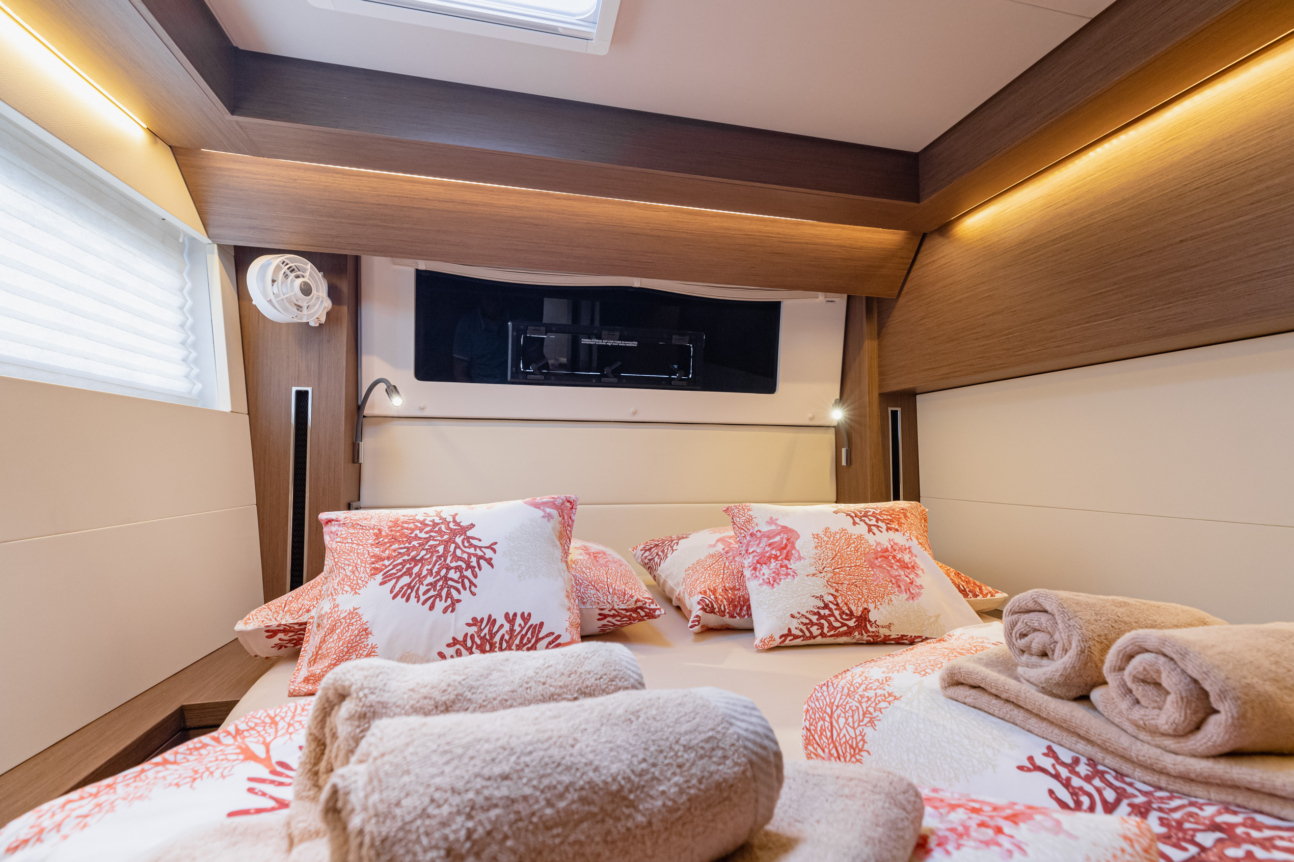 Lagoon 50 LUX (2020) equipped with airconditioning (PRINCESS KISS)  - 17