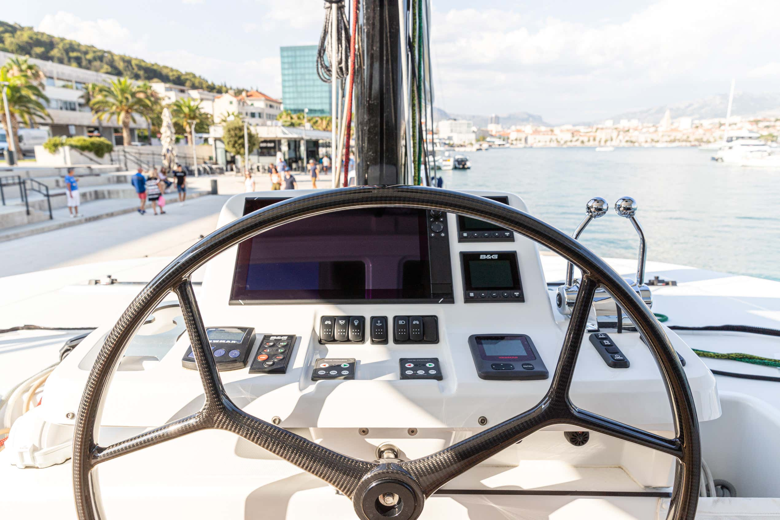 Lagoon 50 LUX (2020) equipped with airconditioning (PRINCESS KISS)  - 8