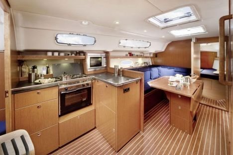 Bavaria 35 Cruiser (B35-2) Interior image - 2