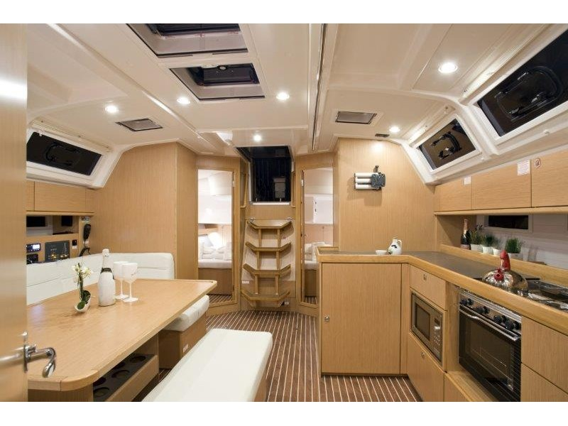 Bavaria 46 Cruiser (Grey Sky) Interior image - 1