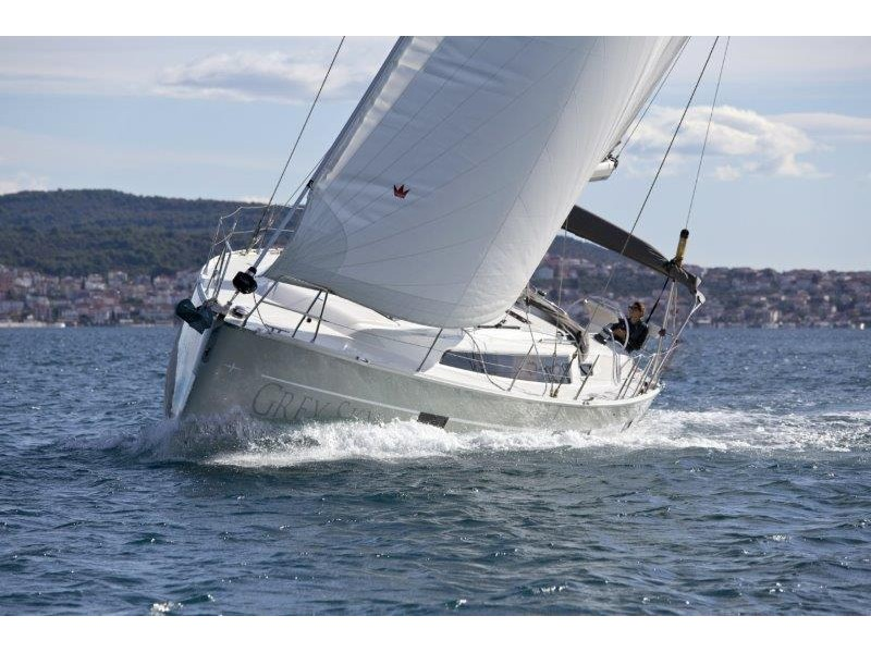 Bavaria 46 Cruiser (Grey Sky) Main image - 0