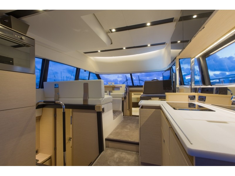 Prestige 420 Fly (My NAIMA) Interior image - 2