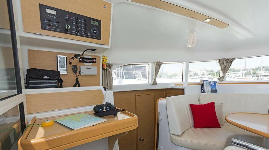Lagoon 380 (Bellevue)  - 4