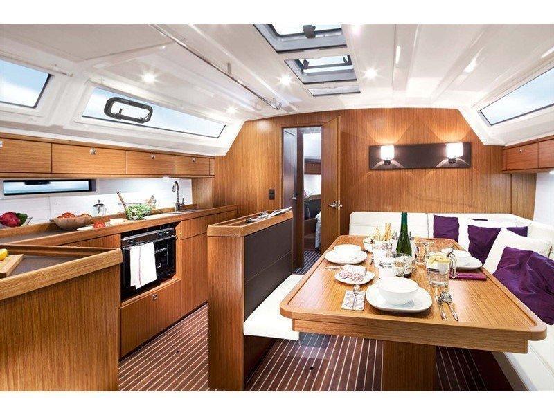 Bavaria Cruiser 46 (Electron) Interior image - 2