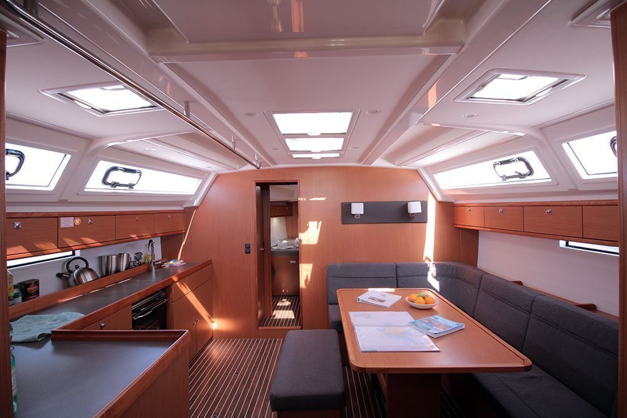 Bavaria Cruiser 46 C (Casino Royale)  - 9