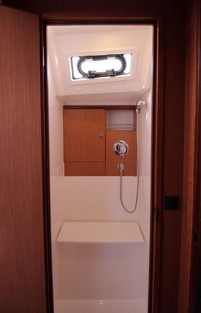Bavaria Cruiser 46 C (Casino Royale)  - 10