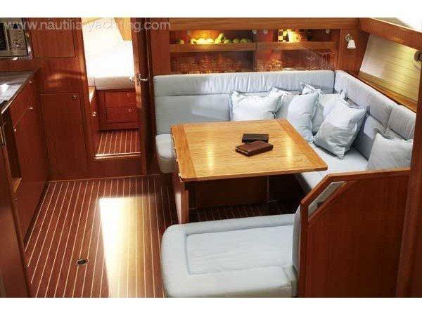 Bavaria 43 Cruiser (Bav 43 Cr) Interior image - 2