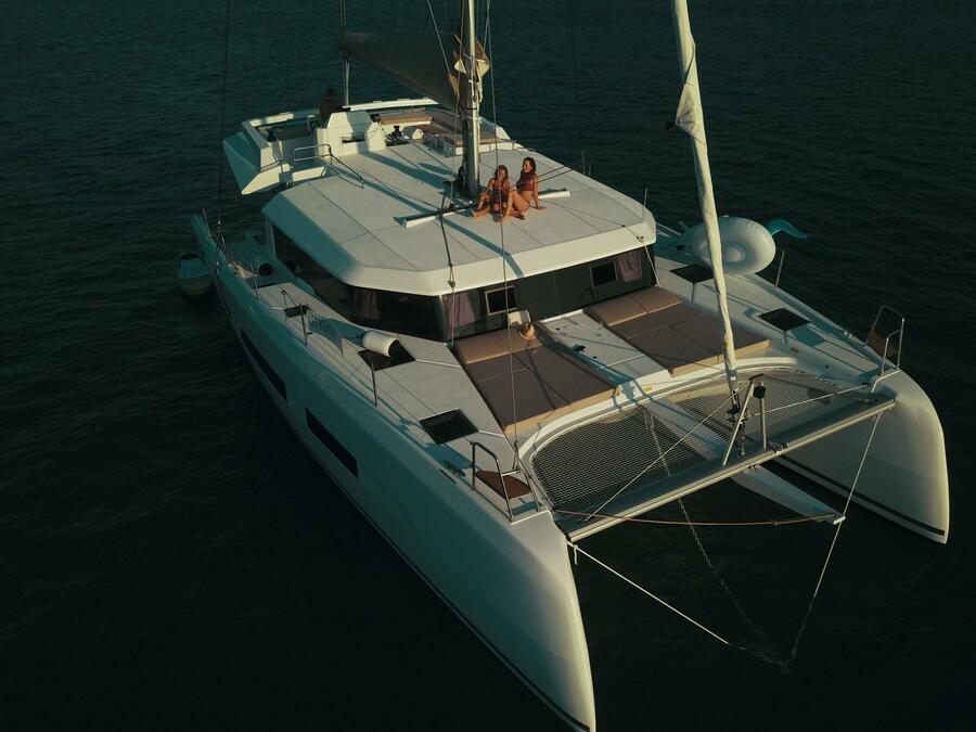 Dufour Catamaran 48 (Dreamland)  - 11
