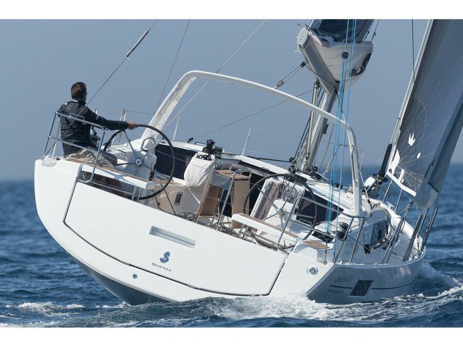 Oceanis 41.1 (LUXA) Main image - 0