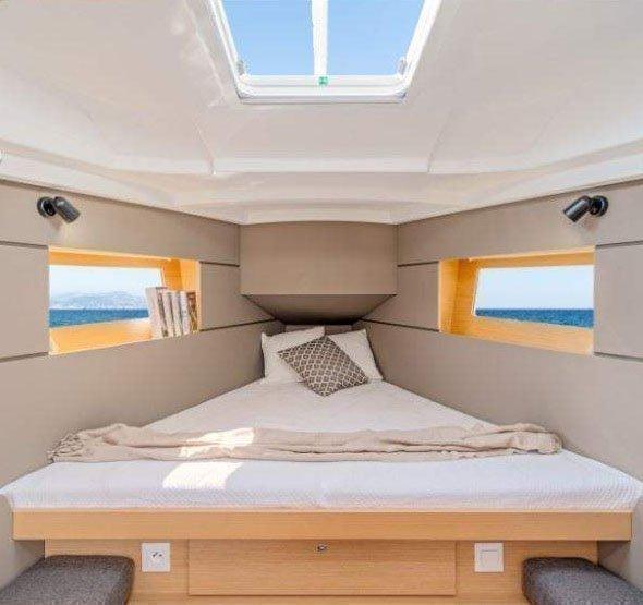 Oceanis 35 (Minta) Front cabin - 18