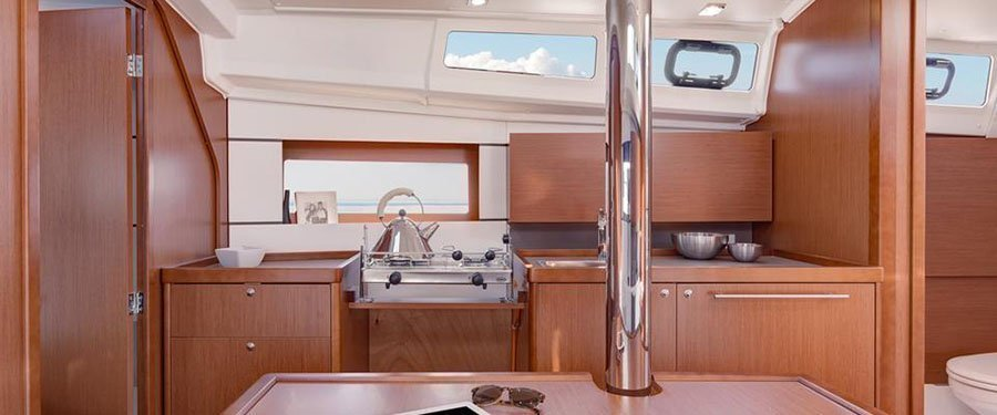 Oceanis 35 (Minta) Galley - 7