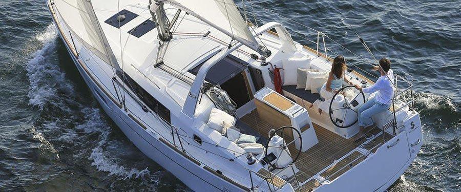 Oceanis 35 (Minta) Sailing - 8