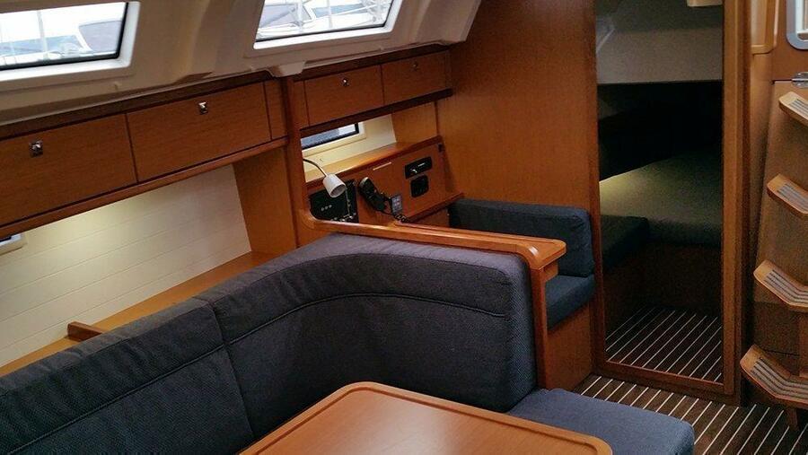 Bavaria Cruiser 41 (Fireball)  - 12