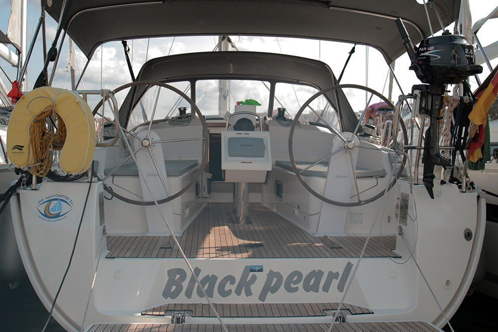 Bavaria Cruiser 37 (Black Pearl)  - 11