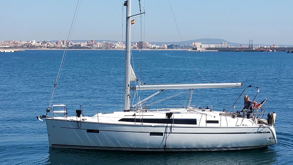 Bavaria Cruiser 37 (Black Pearl)  - 7