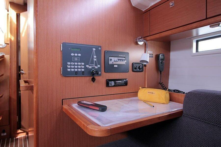 Bavaria Cruiser 37 6 (Chilly Lilly)  - 9