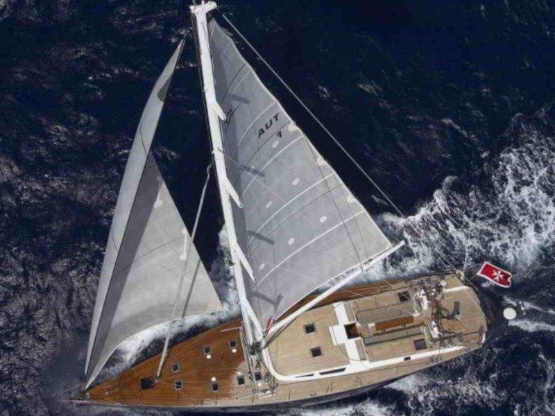 Sail boat (Noheea)  - 16