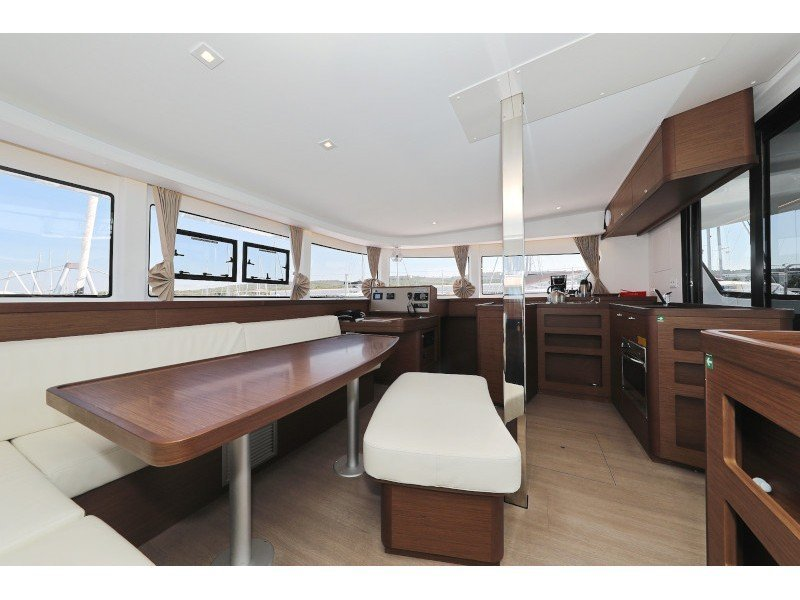 Lagoon 42 (ROYAL SALUTE AC Generator Dinghy with Console OB 20HP) Interior image - 20