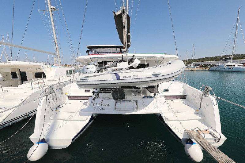 Lagoon 42 (ROYAL SALUTE AC Generator Dinghy with Console OB 20HP)  - 54