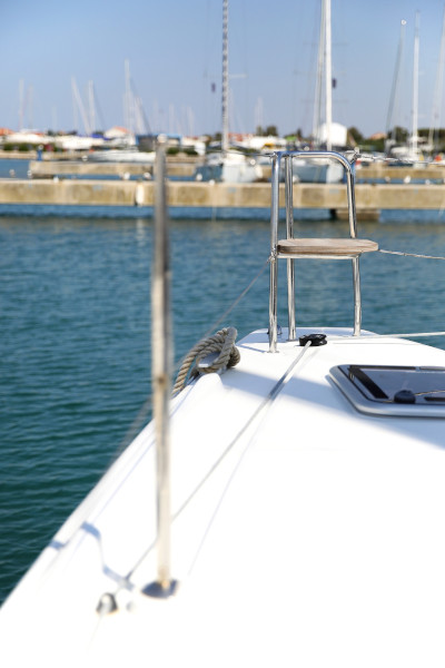Lagoon 42 (ROYAL SALUTE AC Generator Dinghy with Console OB 20HP)  - 71