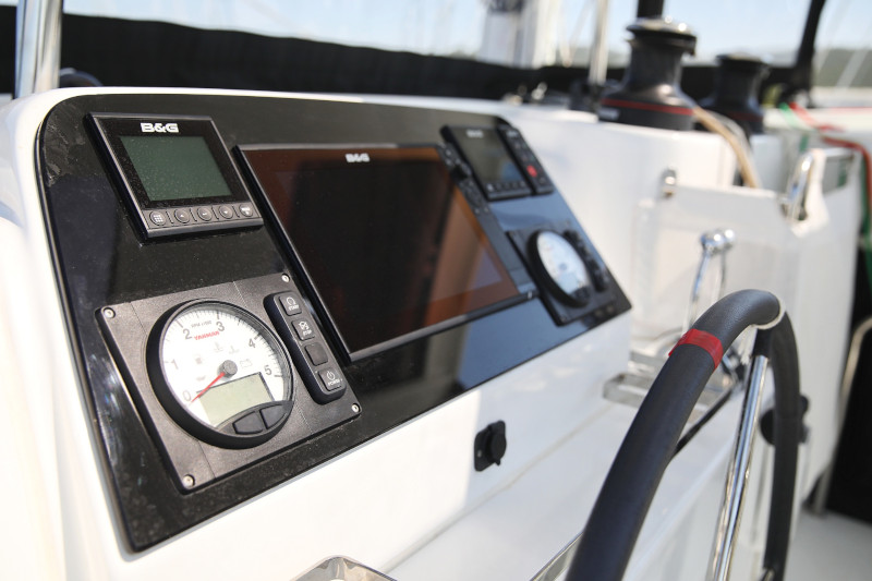 Lagoon 42 (ROYAL SALUTE AC Generator Dinghy with Console OB 20HP)  - 102