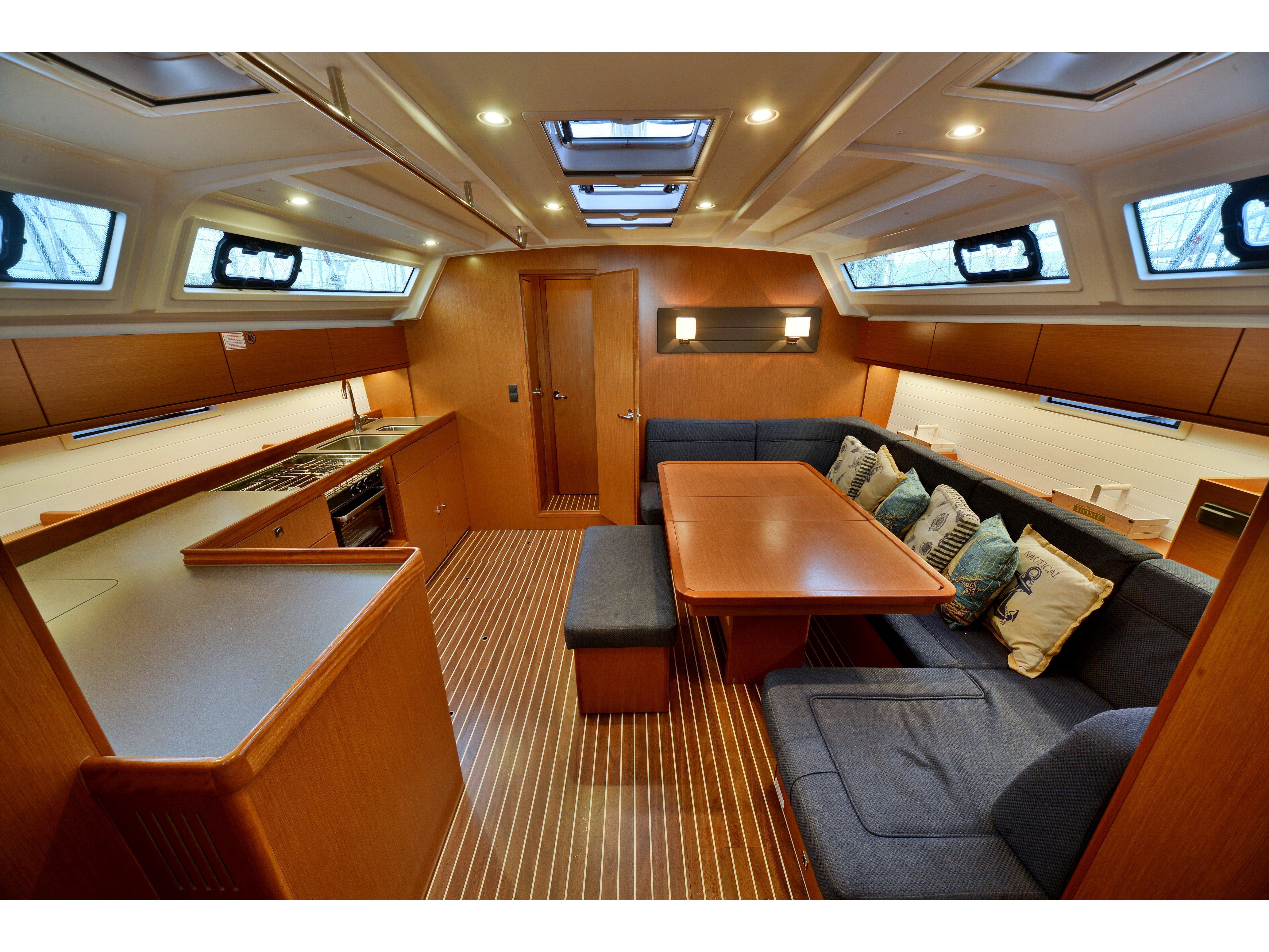 Bavaria Cruiser 46 (Veronica ) Interior image - 1