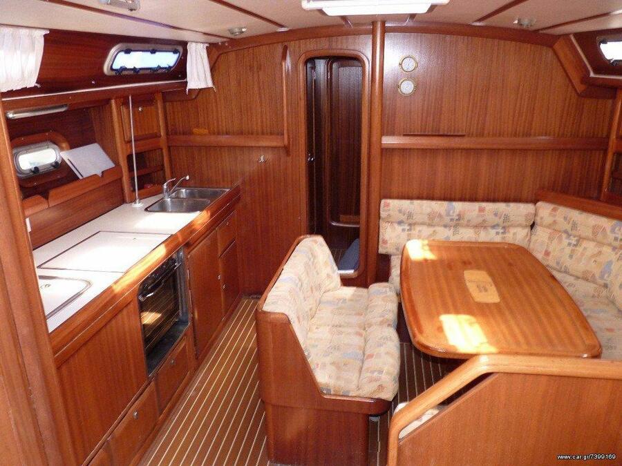 Bavaria 42 Cruiser 2000 (Dita) Interior image - 5
