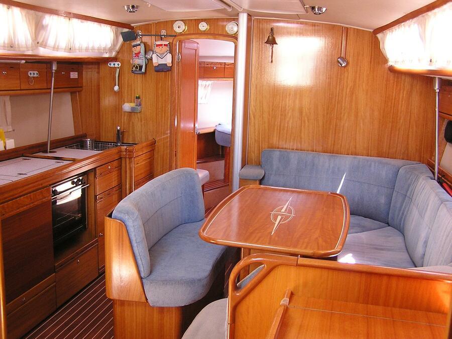 Bavaria 40 Cruiser (Alma Libre) Interior image - 6