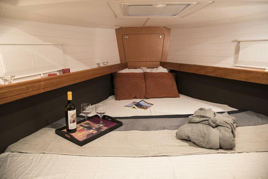 Bavaria Cruiser 41 (Erato (New Sails 2020)) Bathroom - 11