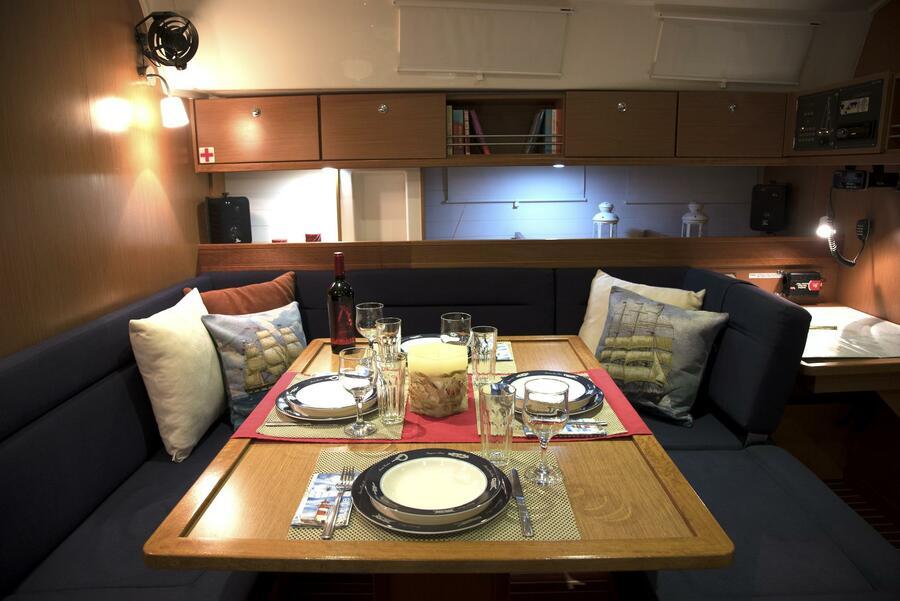 """Bavaria Cruiser 45 (Sea Melody (""""Quantum"""" Sails)) Saloon - 2"""