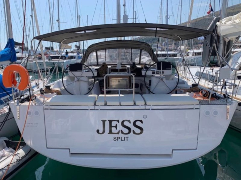 Dufour 56 Exclusive (Jess fully equipped white hull)  - 17