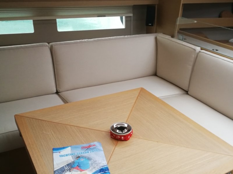 Dufour 56 Exclusive (Jess fully equipped white hull) Interior image - 3