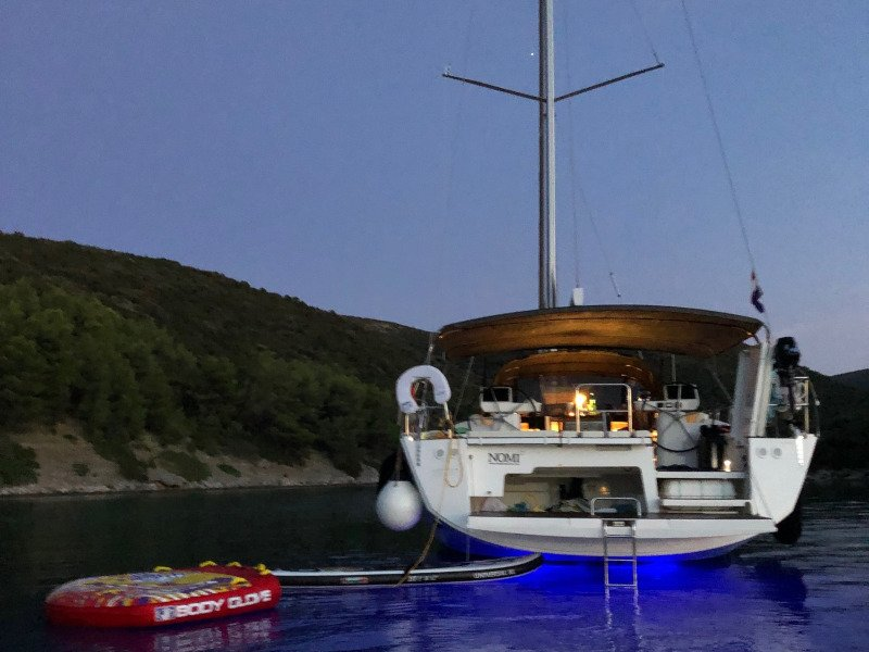 Dufour 56 Exclusive (Nomi fully equipped white hull)  - 22