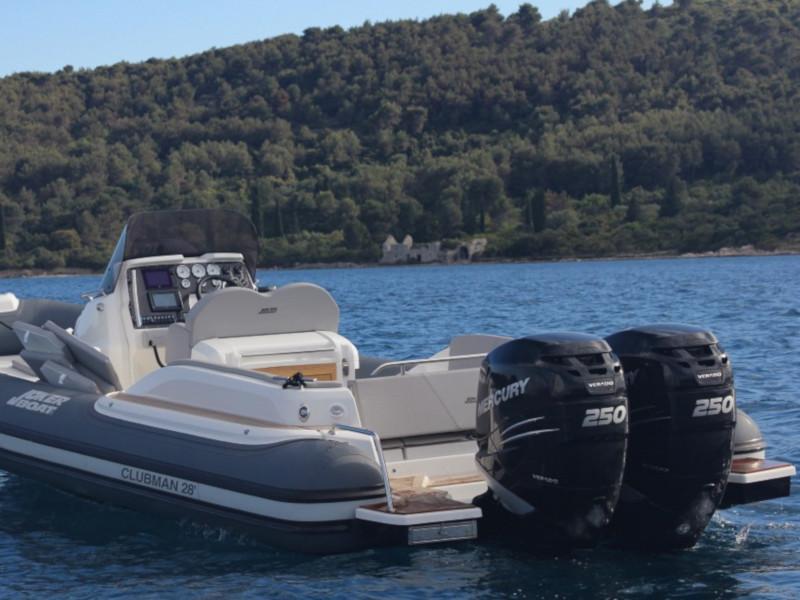 CLUBMAN 28 + Mercury 500  (JOKER BOAT)  - 9