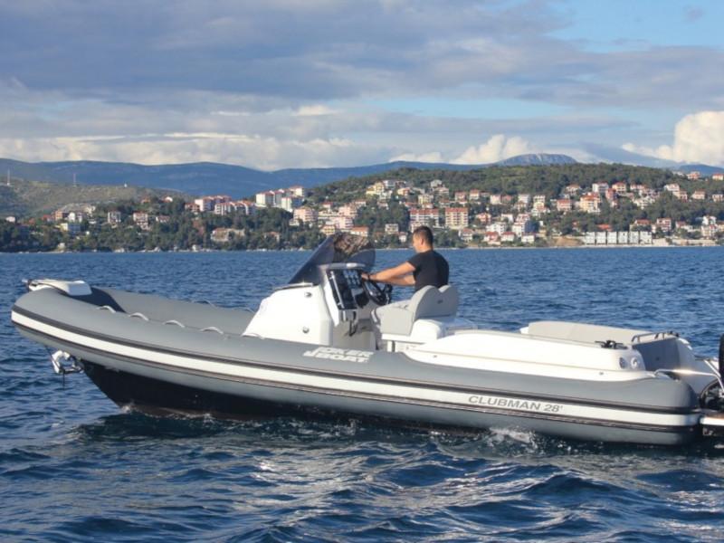 CLUBMAN 28 + Mercury 500  (JOKER BOAT)  - 2