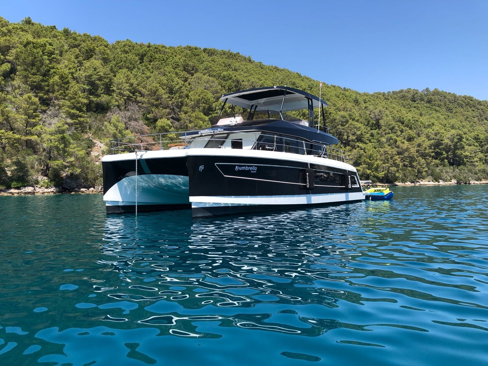 Fountaine Pajot 44 (Umbrella Victoria - incl. Williams 325 (100 PS) 2 SUP, Wakeboard ) Main image - 0