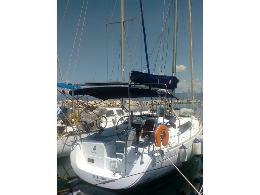Beneteau Oceanis 31 (TRIZONIA ) Main image - 0